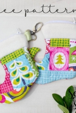 Sew Can She - Christmas Stocking Zipper Pouch - Free