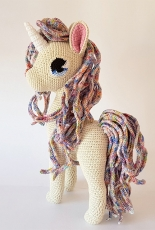 Projectarian - Hooked on Sunshine - Jessie Van In - Comet the Unicorn